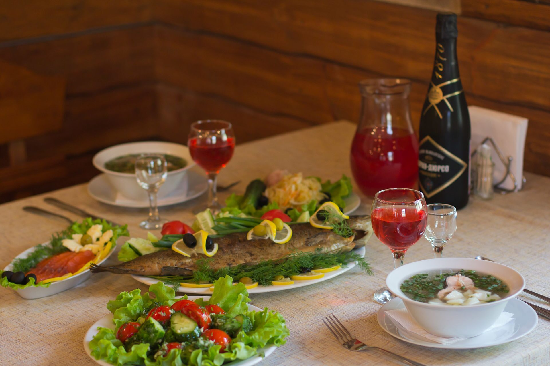 Блюда из консервированного кальмара с фото